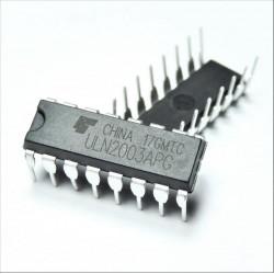ULN2003APG Réseau de transistors bipolaires Darlington CI DIP-16